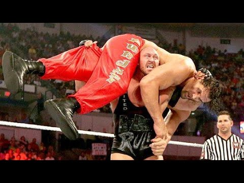 5 WWE Wrestlers Who You Also can no longer Take into consideration Lifted the Enormous Khali